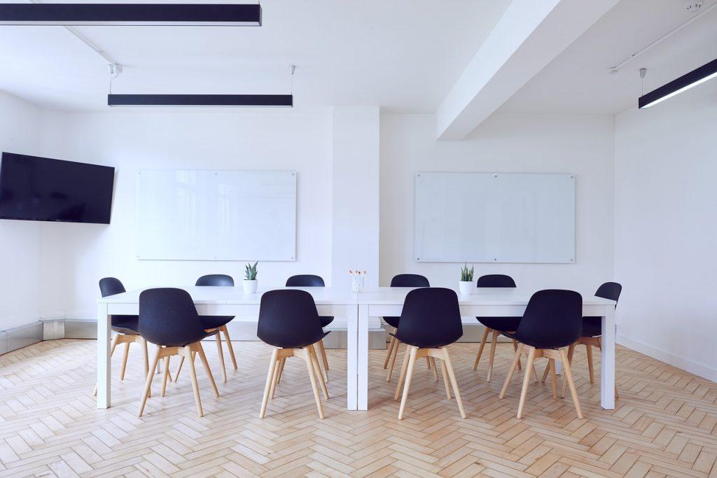 ホワイト企業の見分け方と特徴13選