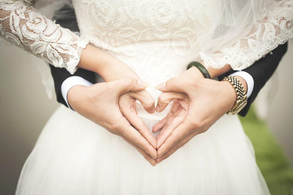 結婚前?結婚後?男女別に転職するベストなタイミングと注意点