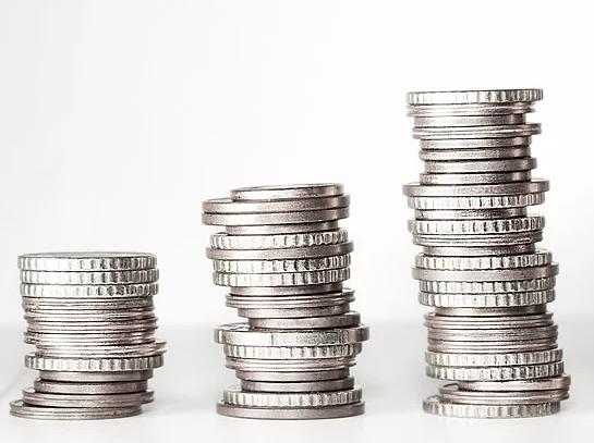 成果報酬型営業への転職増加の背景